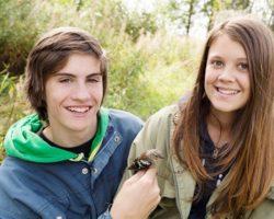 Молодые люди в Швеции