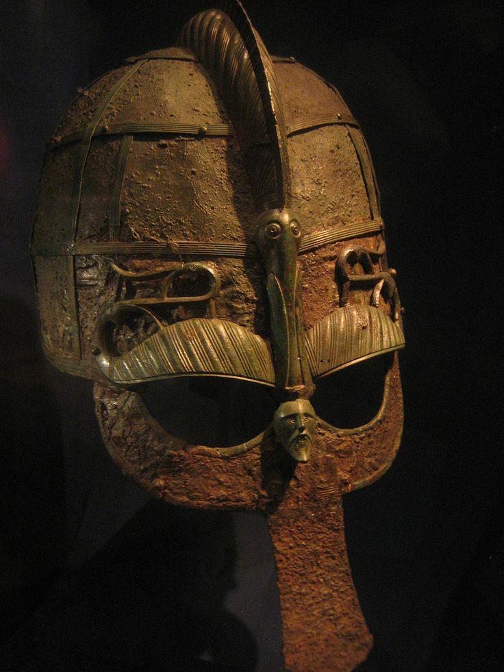 Шлем из лодочной могилы (VII век - Вендельский период).jpg